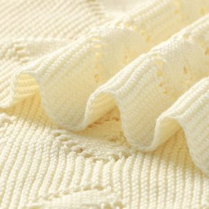 cream knitted baby blankets